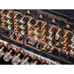 AV-Receiver SR8015